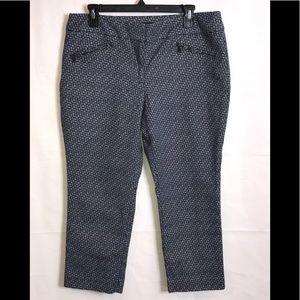 Ann Taylor Pants - Ann Taylor Signature Pattern Pants Size 12 petite